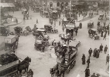 1907_london_piccadilly_circus