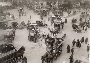 1907年・ロンドン・ピカデリーサーカス: alpshima