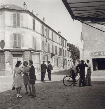 1945_paris_2